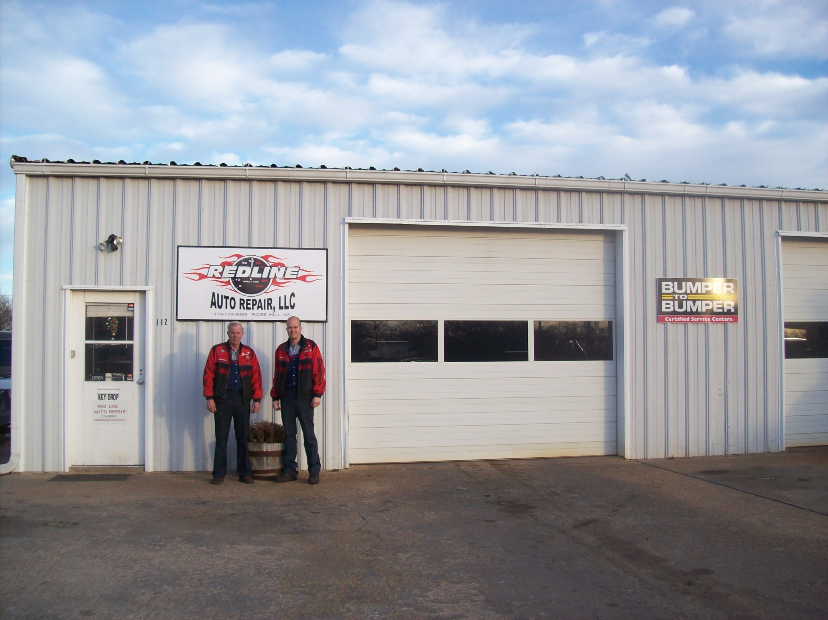 redline automotive auto repair shop mechanic car engine mechanical problems fix transmissions radiator alternator rose hill kansas