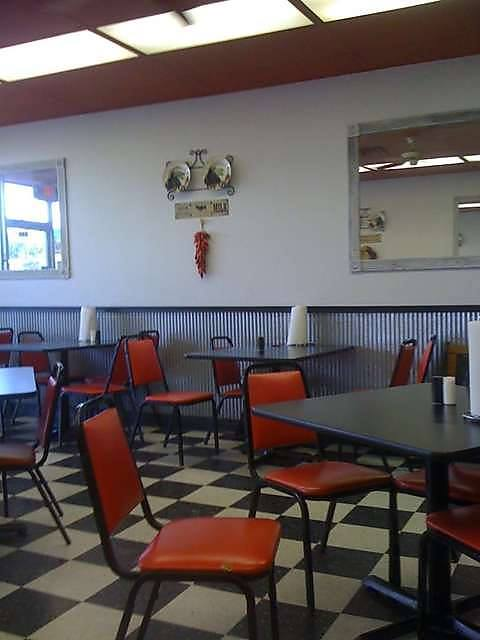 louis cafe food specials restaurant diner burgers fries rose hill ks kansas